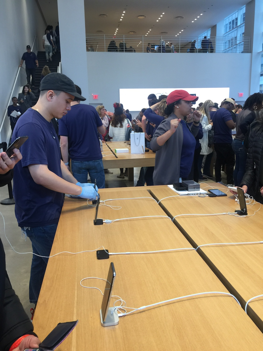 Demo iPhone X will be cleaned right after each customer's trial.